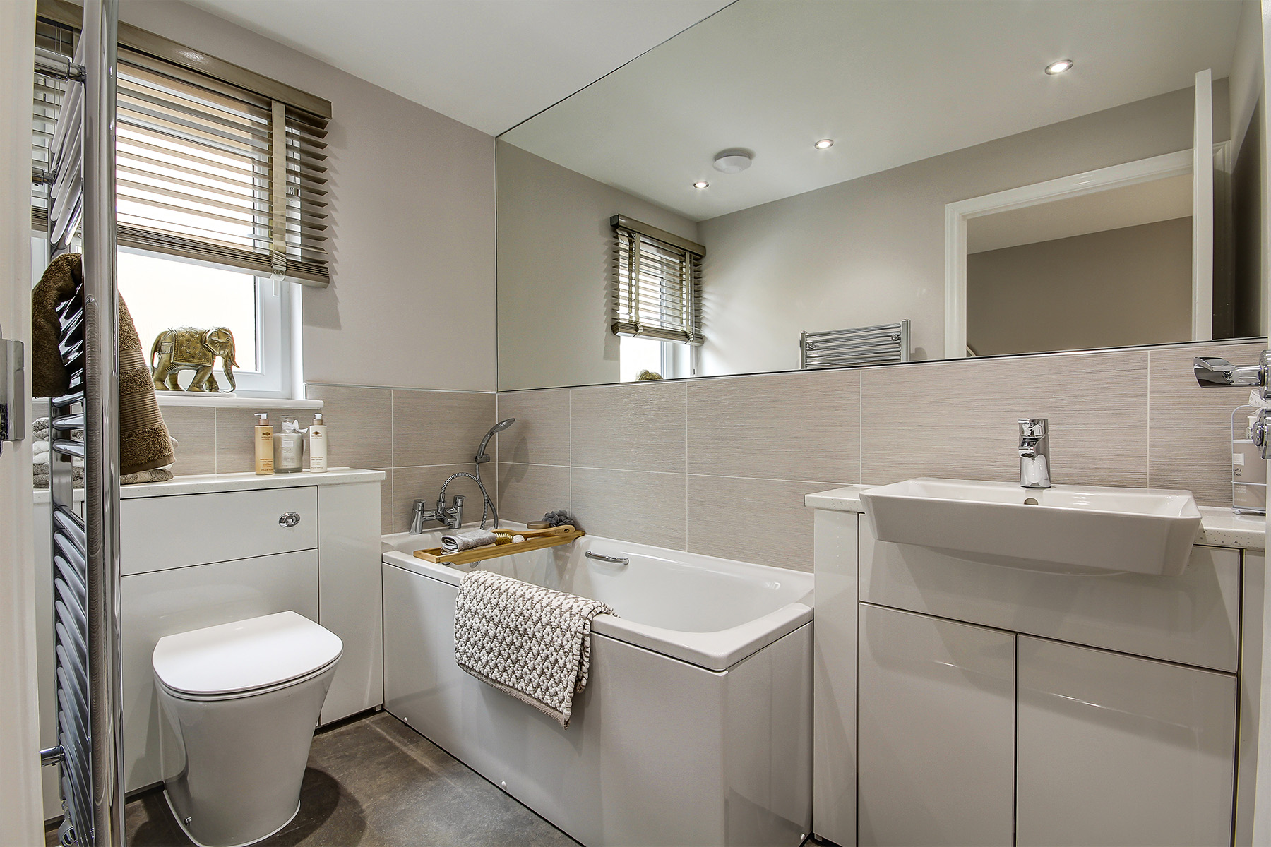 Broomhouse - Douglas - Bathroom