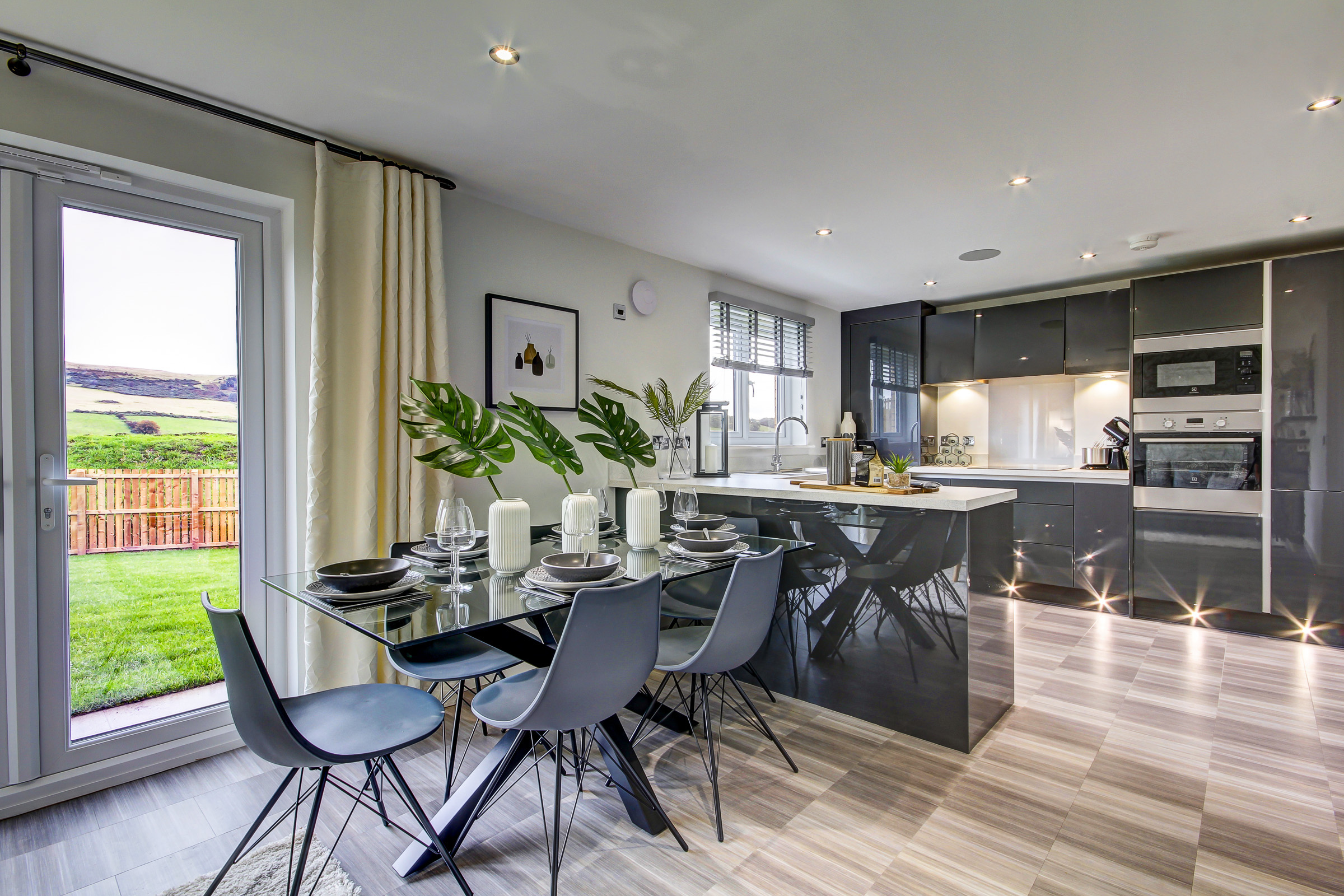 TWWS Kirkton View - Drummond Kitchen Family 2
