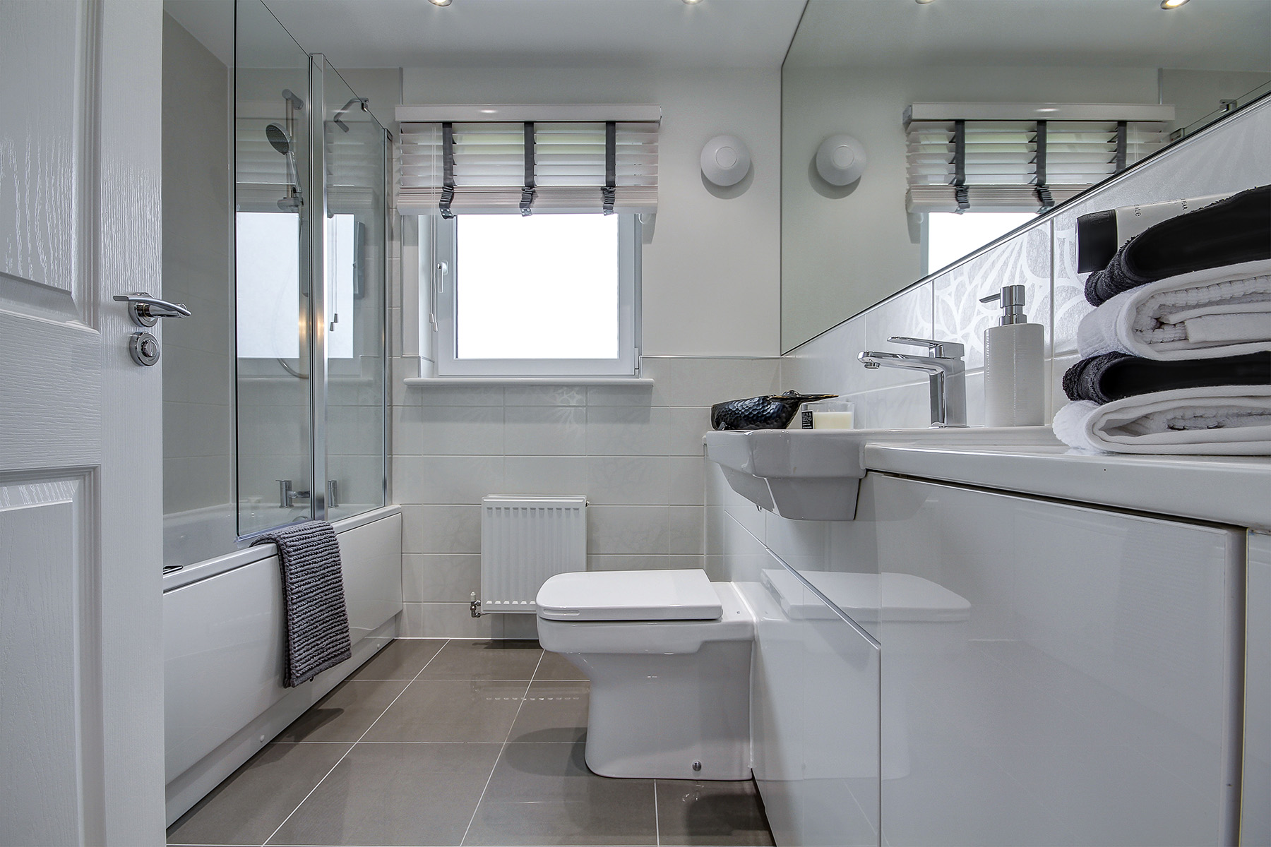 Newton Farm - The Geddes - Bathroom