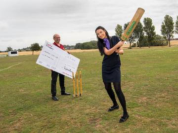 NEWS - TWY - Cricket club donation