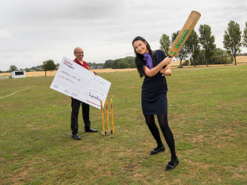 NEWS - TWY - Cricket club donation
