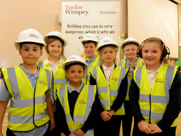 NEWS- Normanton Common pupils recieve health and safety talk from Taylor Wimpey