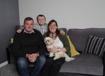 WEB Glossop couple have achieved their goal of getting married and moving house in just one year