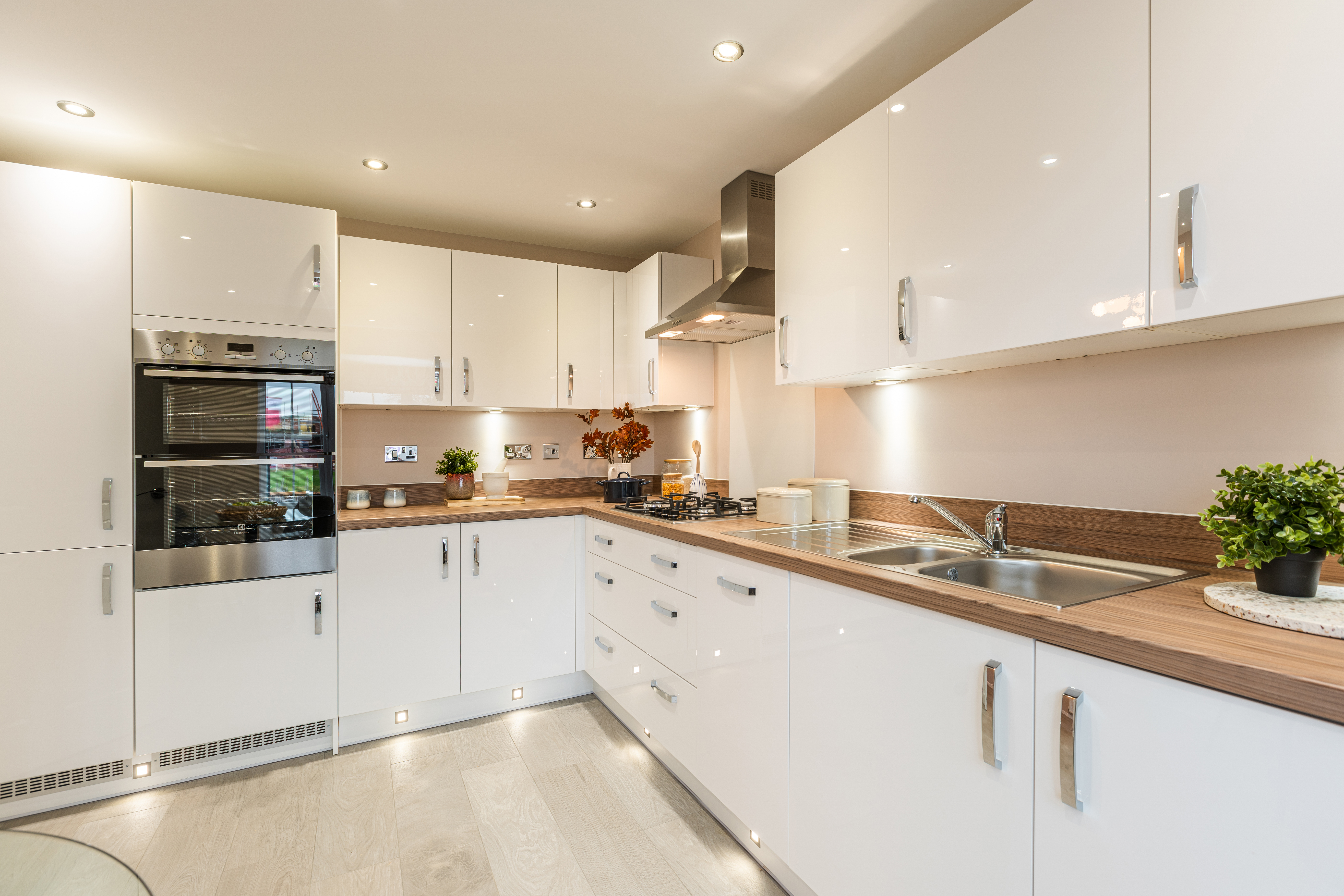 TW EM_Saxilby Heights_PD414_Corsham_Kitchen 2