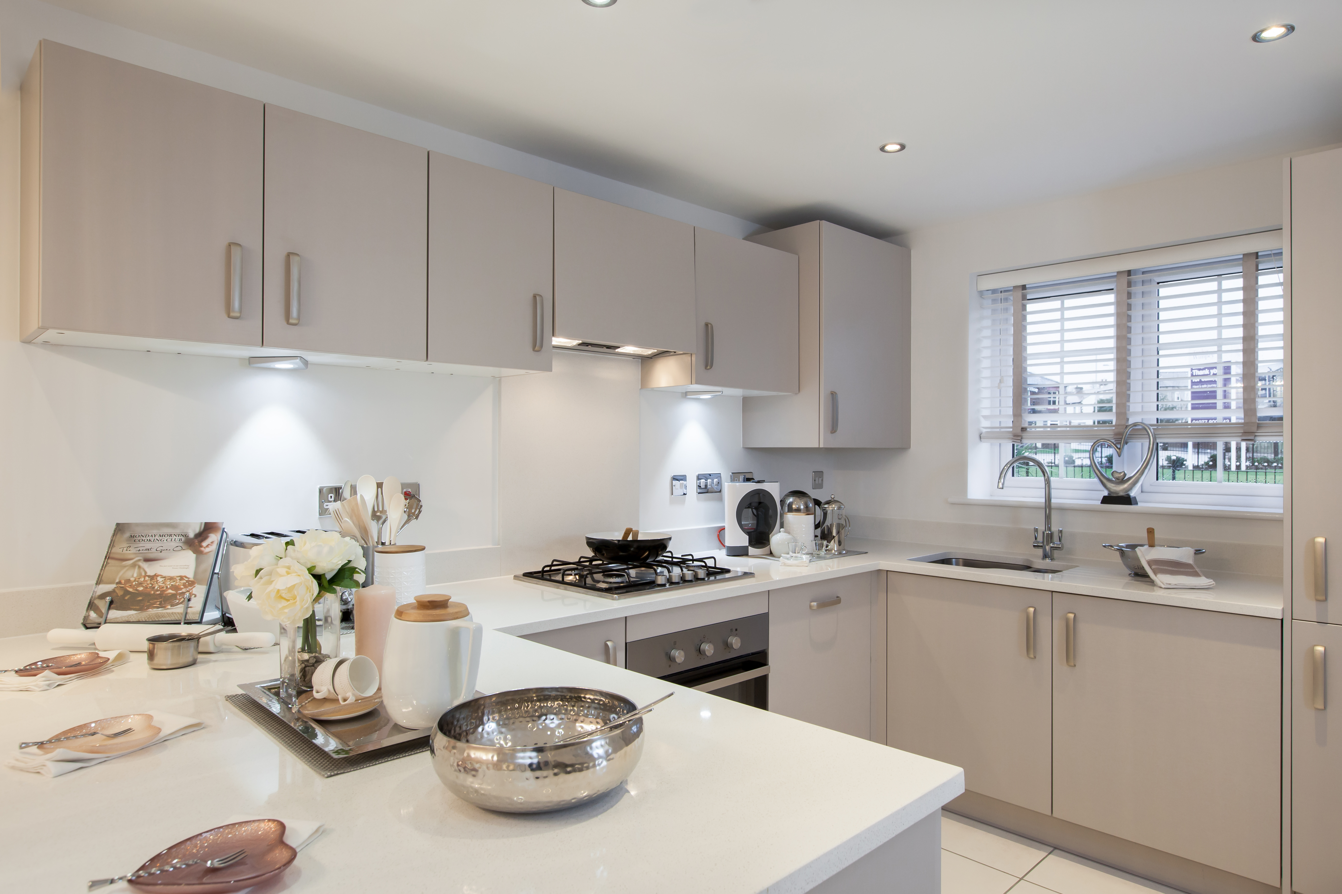 TW YO_Colliers Court_PB35_Alton_Kitchen 3