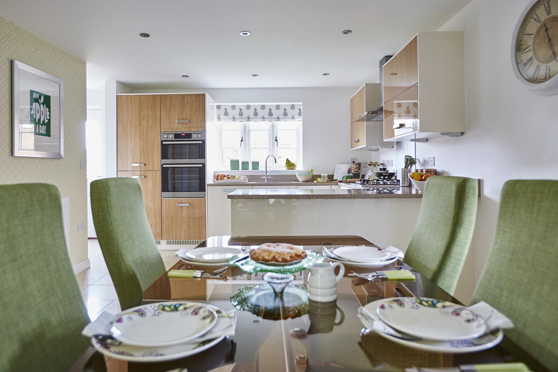 tw_smids_chestnut_grove_brackley_pt41_eskdale_dining_kitchen