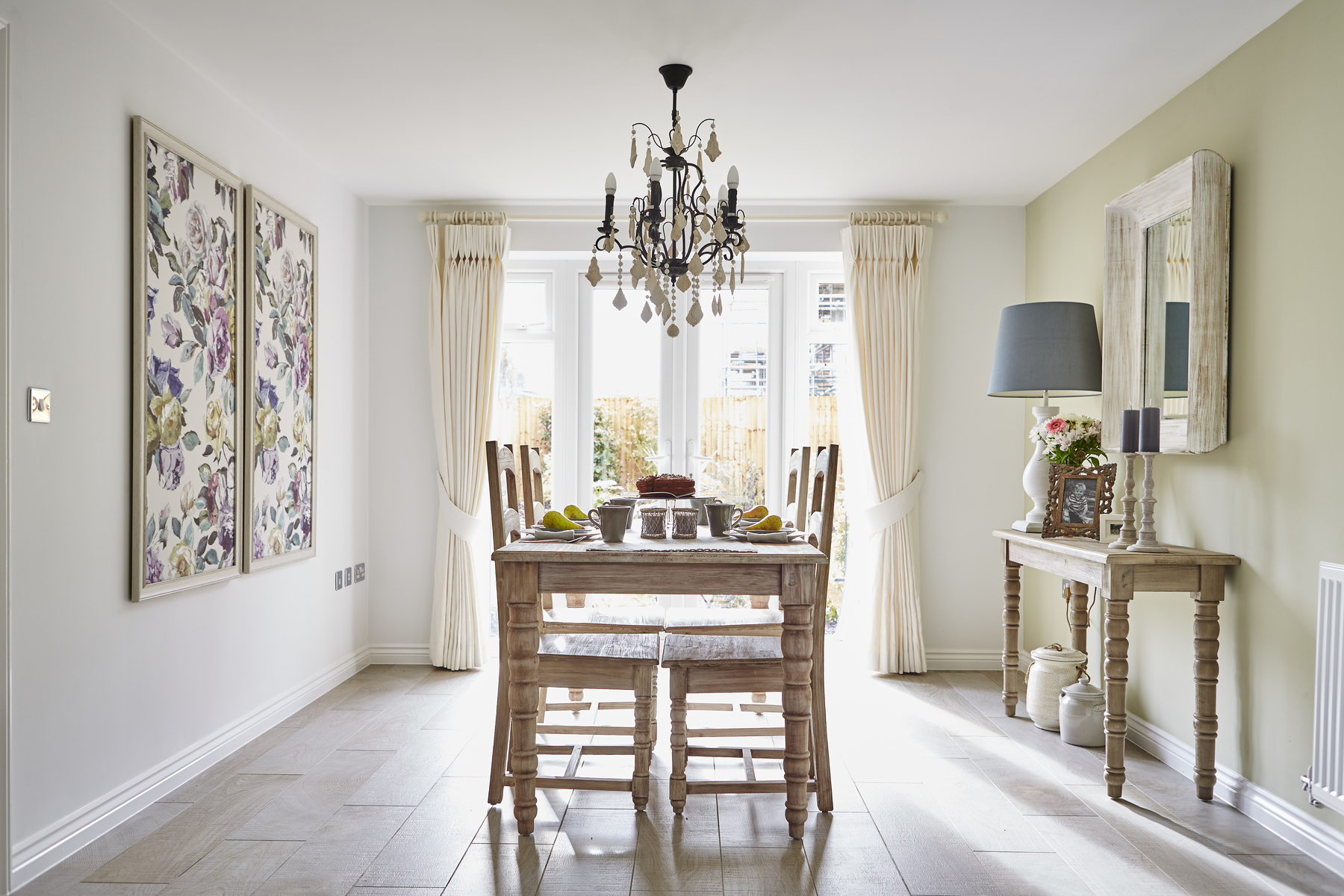 tw_west_mids_nursery_meadow_pa49_thornford_dining_room