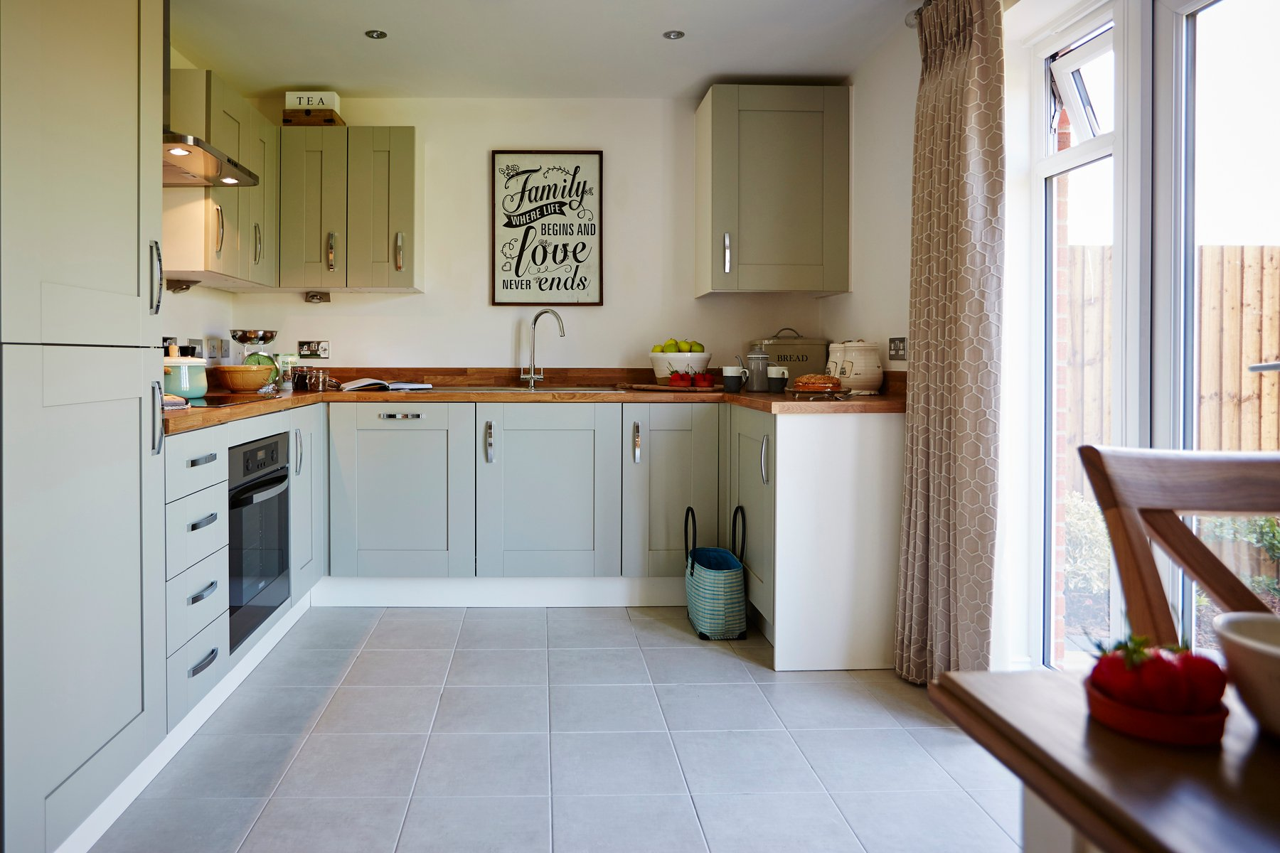TW Mids_Burlington Fields_Shifnal_PA34_Gosford_Kitchen 1