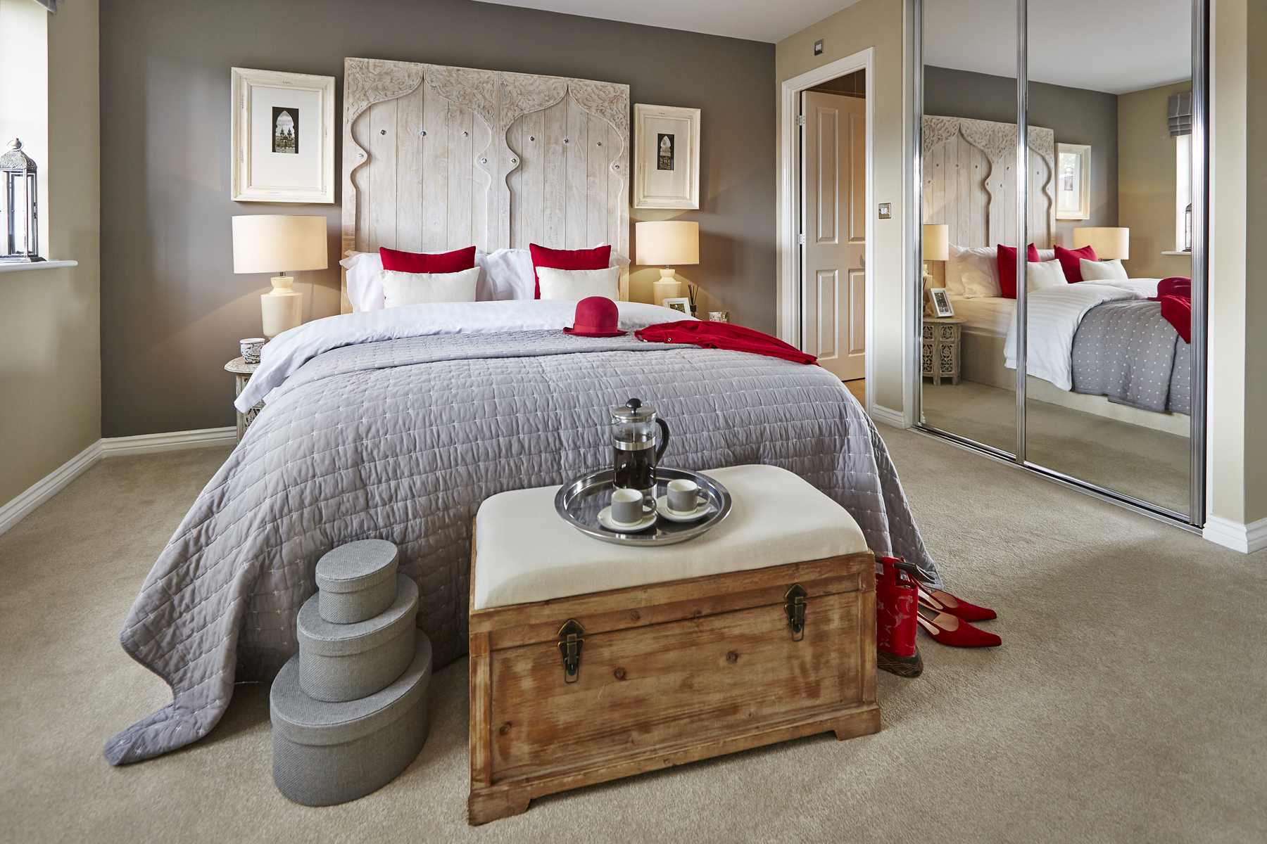 yw_nmids_millers_reach_stone_pd411_haddenham_master_bedroom