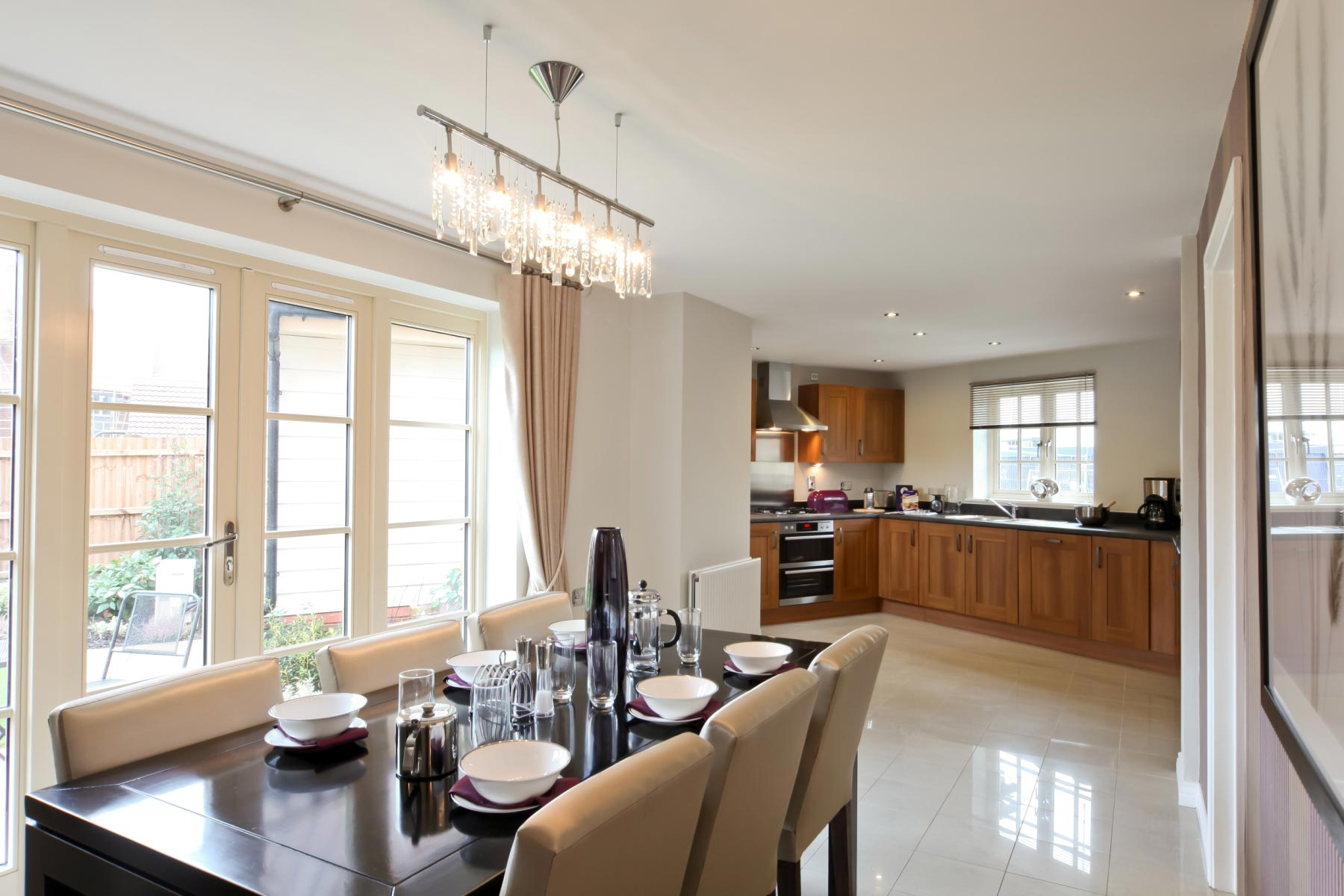 Taylor Wimpey typical kitchen/dining room