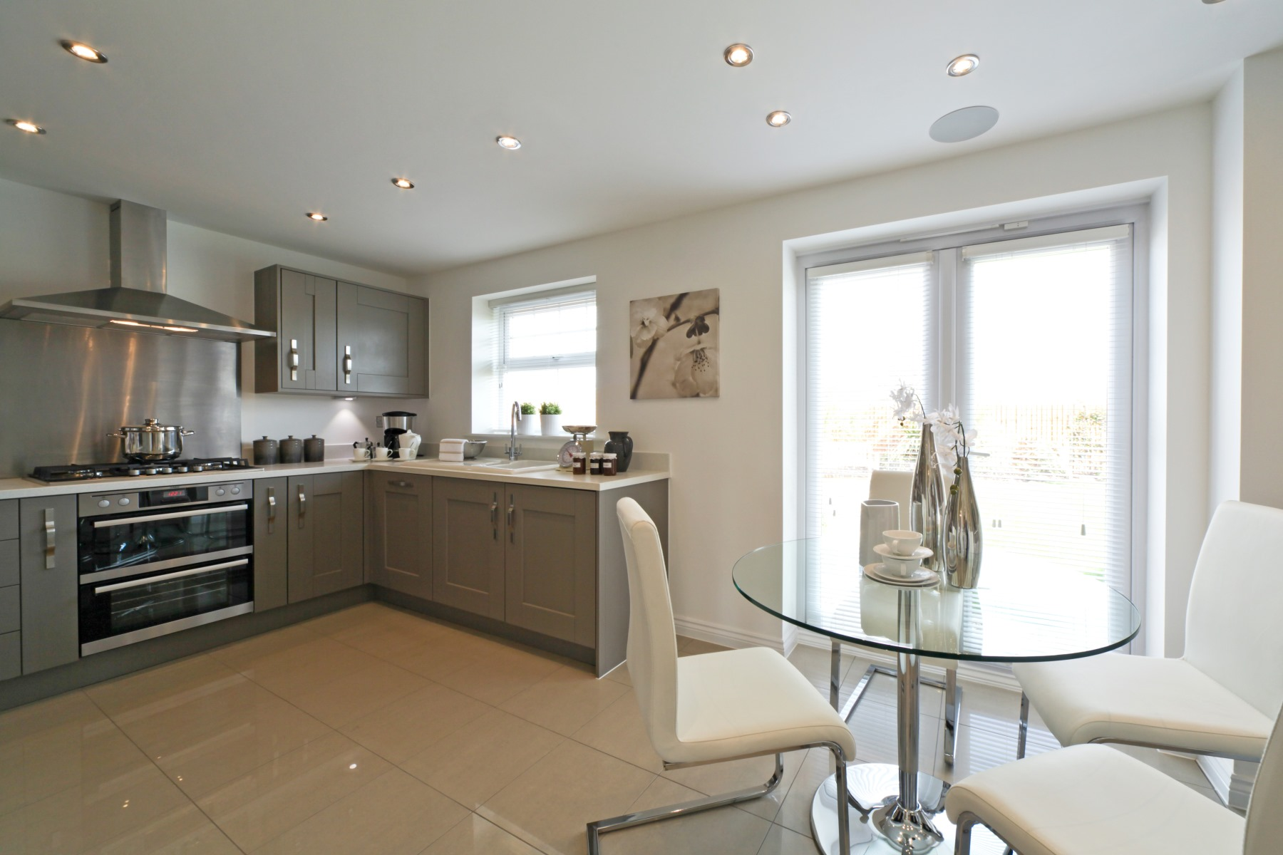 Eynsham Showhome Kitchen/Dining Area