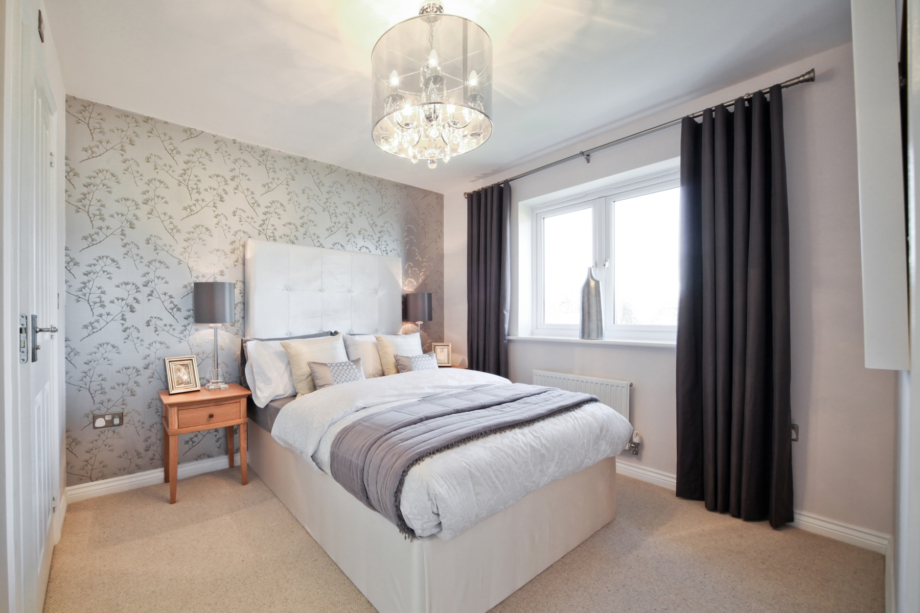 Knutsford Master Bedroom - Nightingale Gardens