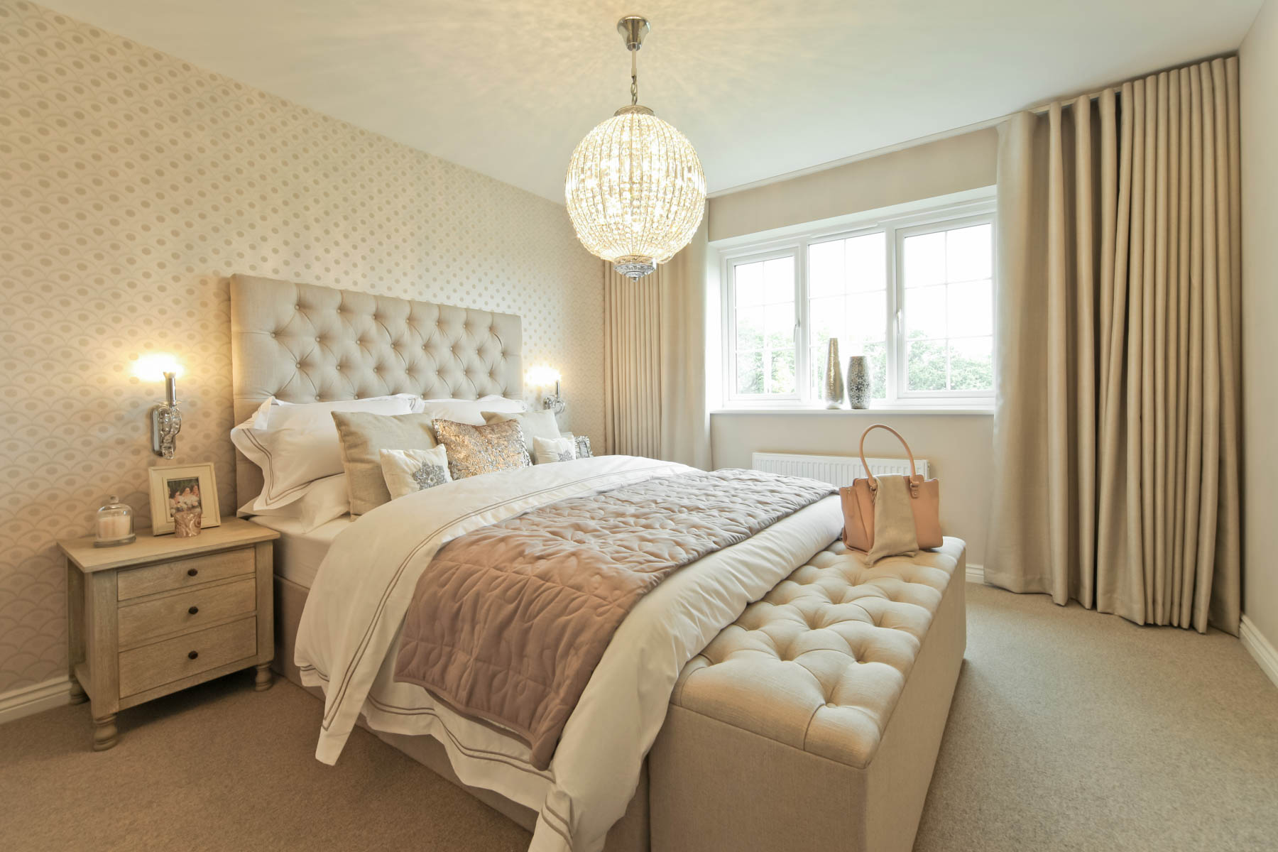 012_OM_Eynsham_Master_Bedroom