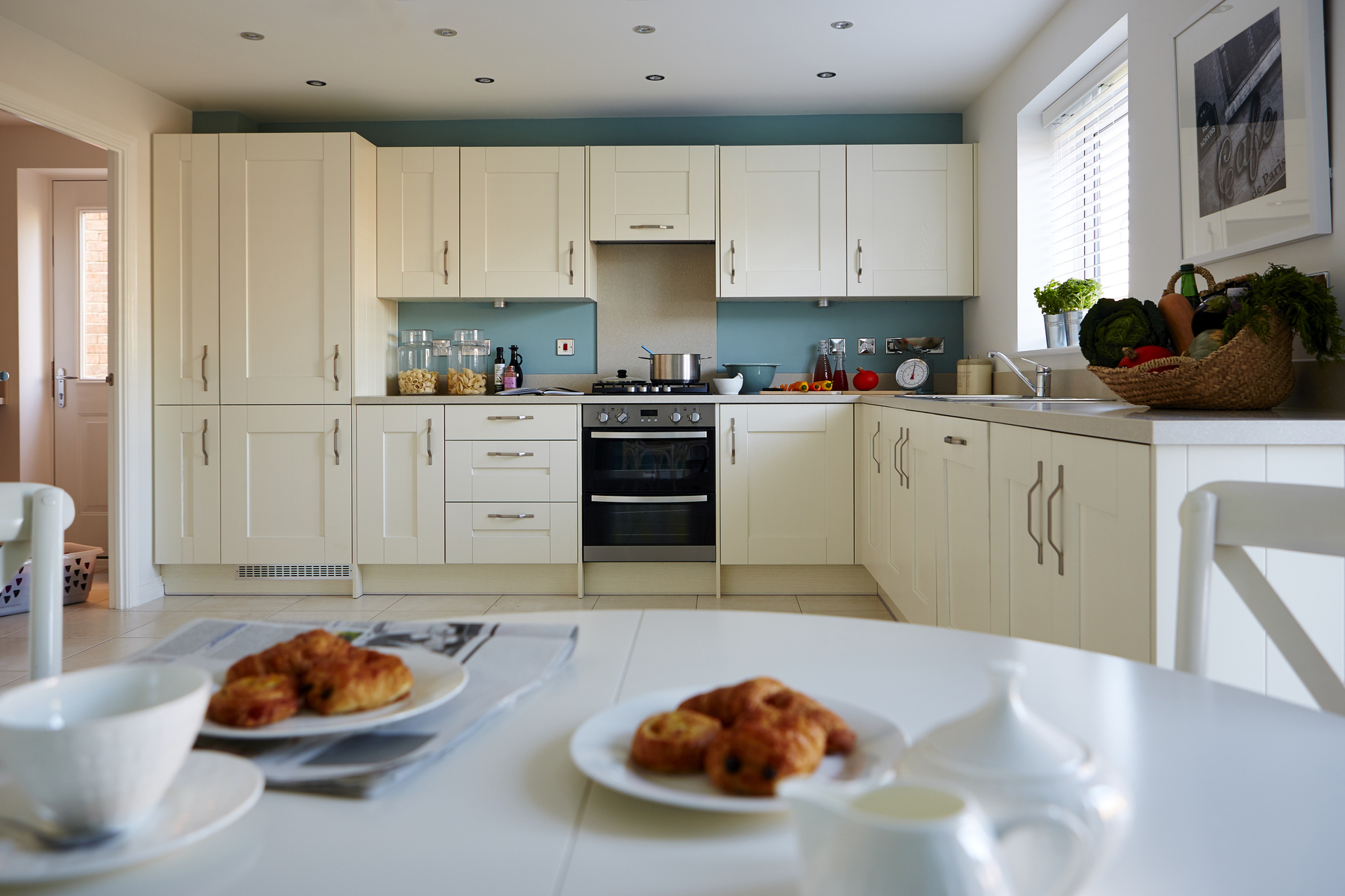 tw_nmids_sutton_grange_pd51_lavenham_kitchen