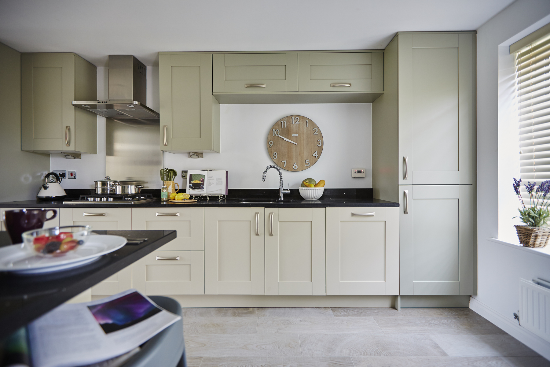 tw_westmids_nursery_meadow_barford_pa49_thornford_kitchen_cameo_2