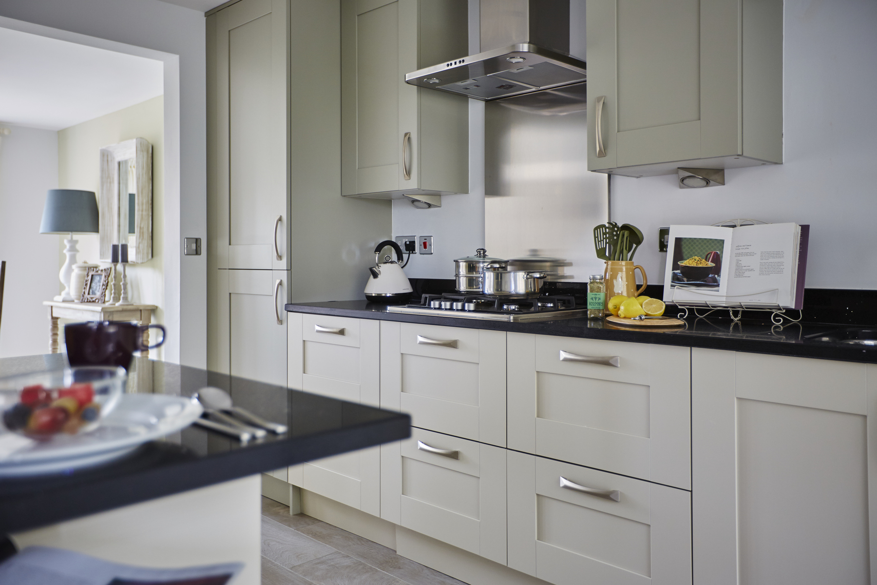 tw_westmids_nursery_meadows_barford_pa49_thornford_kitchen_cameo