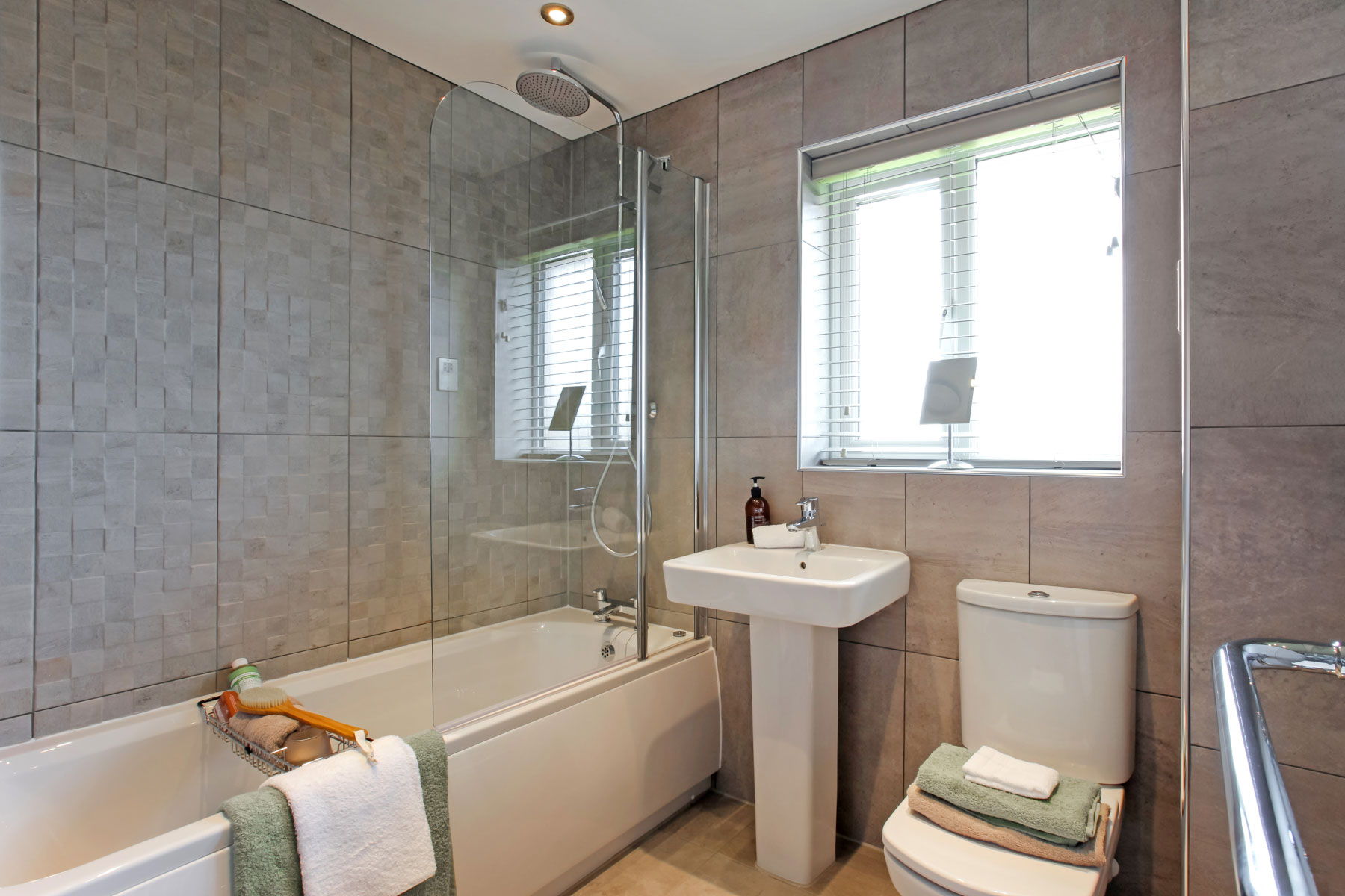 Eynsham_Bathroom