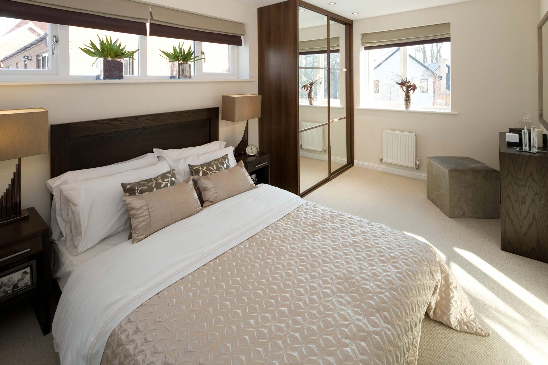 A Typical Taylor Wimpey Showhome Bedroom (5)