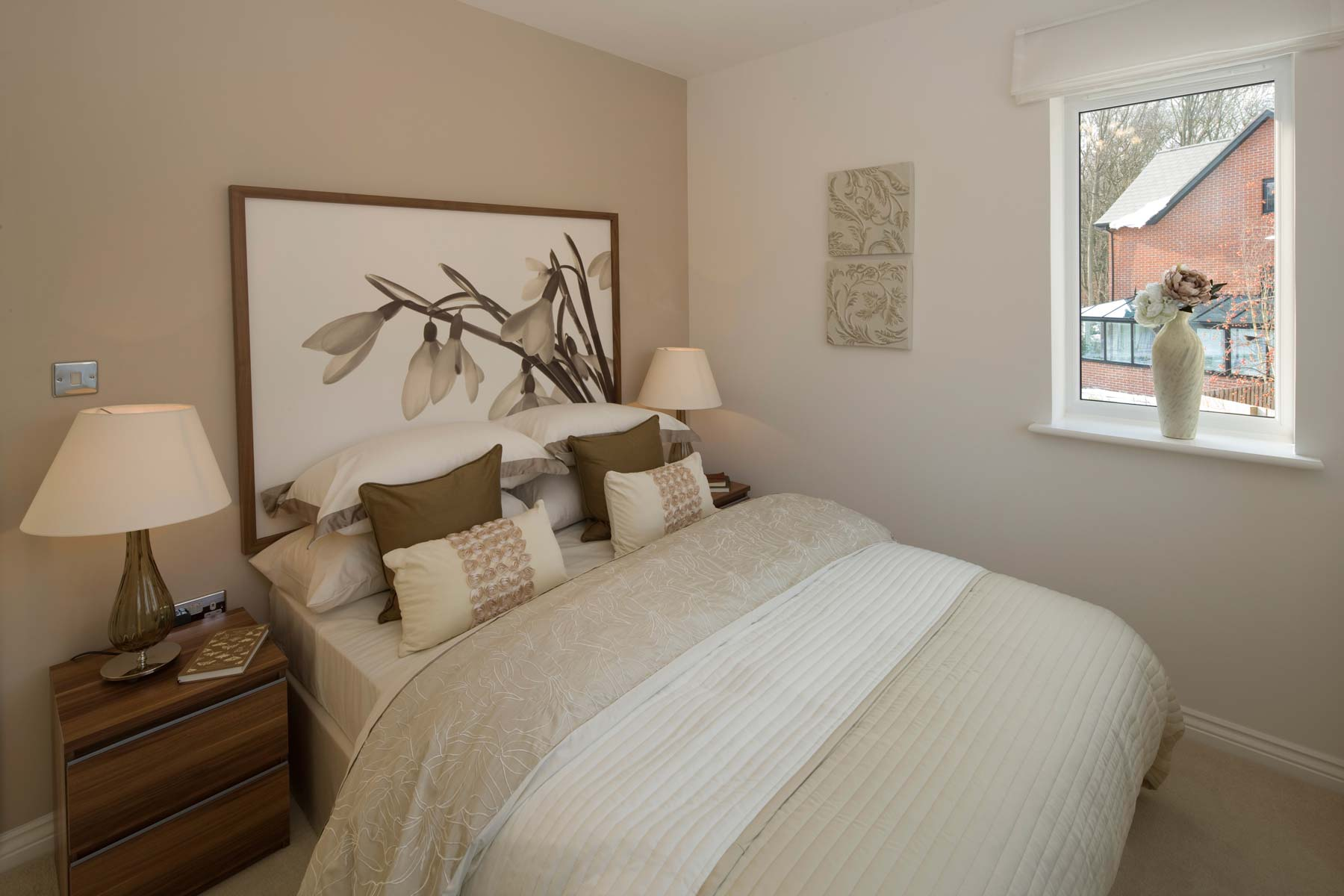 A Typical Taylor Wimpey Showhome Bedroom Leybourne  (3)