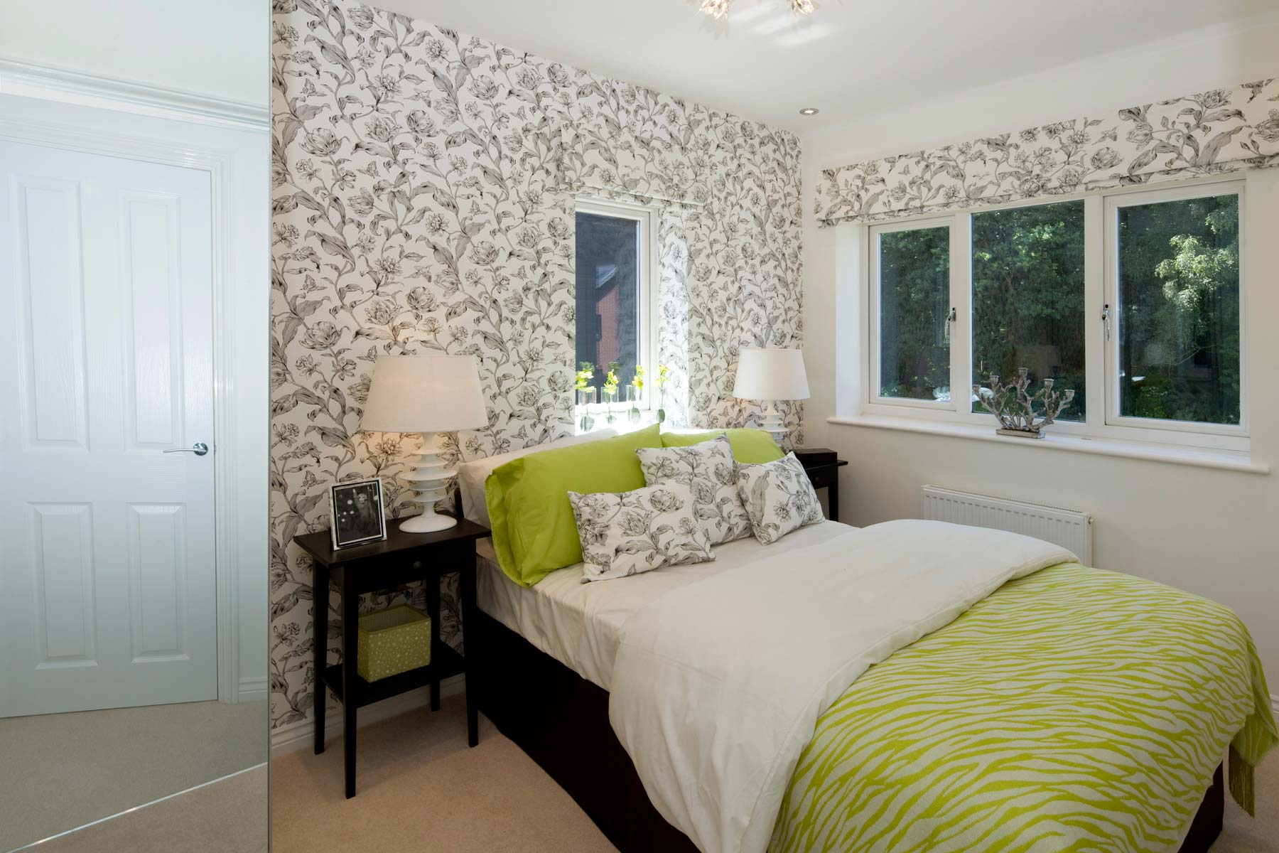 A Typical Taylor Wimpey Showhome Bedroom (2)