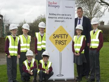 WEB Homebuilder heads back to school to teach health  safety 3